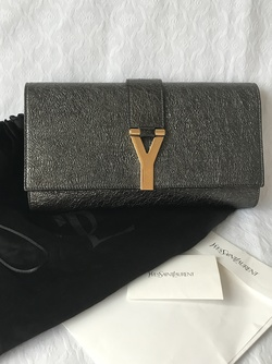 YSL Y Clutch Svart - Yves Saint Laurent